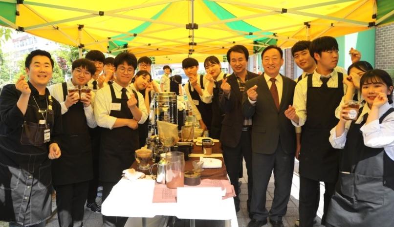 [대전]대전산업정보고, 효·사랑 장미축제 개최